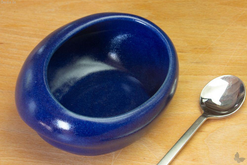 Esshilfe Schälchen aus blauer Keramik