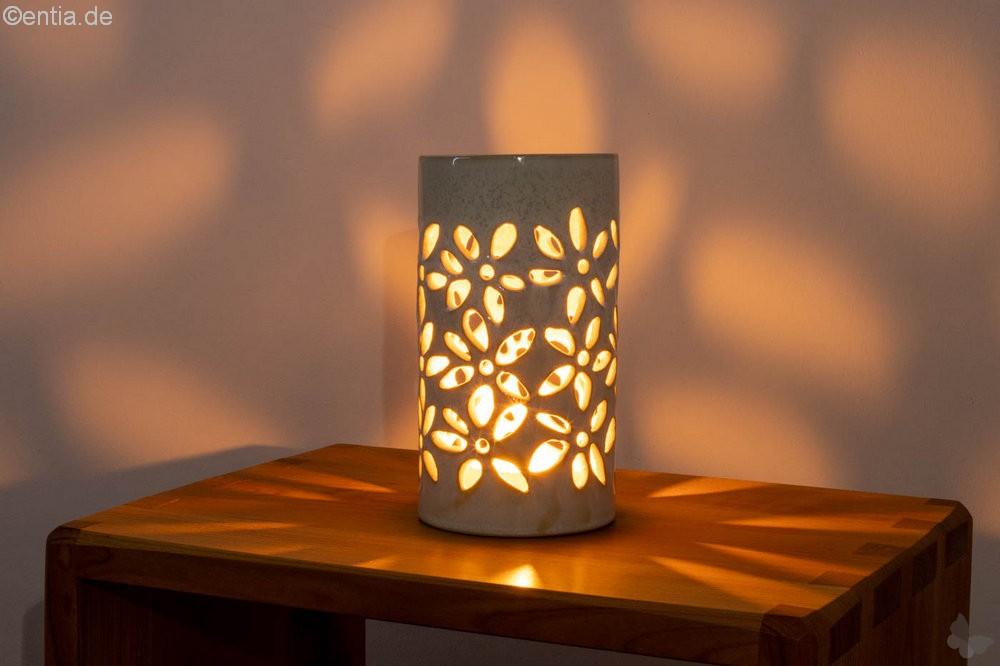 Windlicht mit floralem Muster, cremeweiß