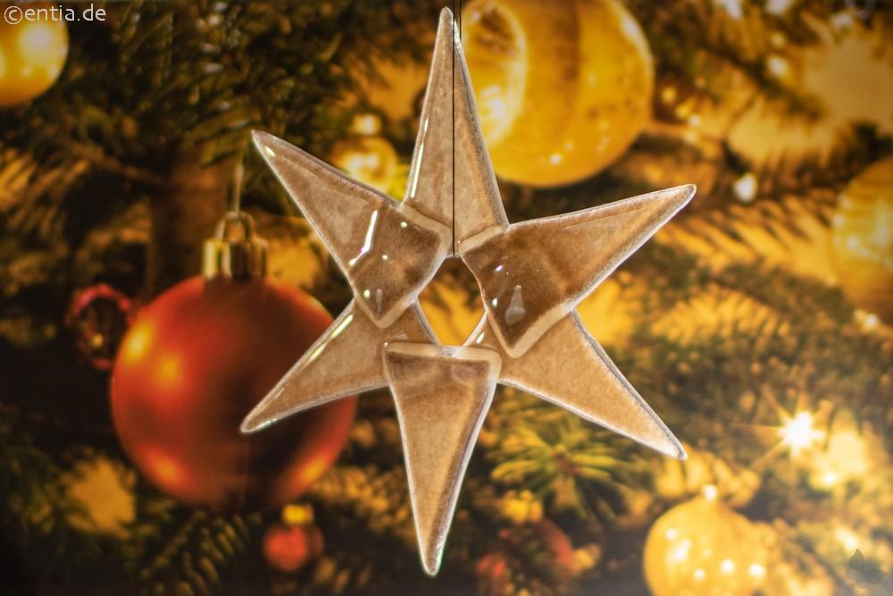 Weihnachtsdeko Stern mittel aus sandfarbenem Glas