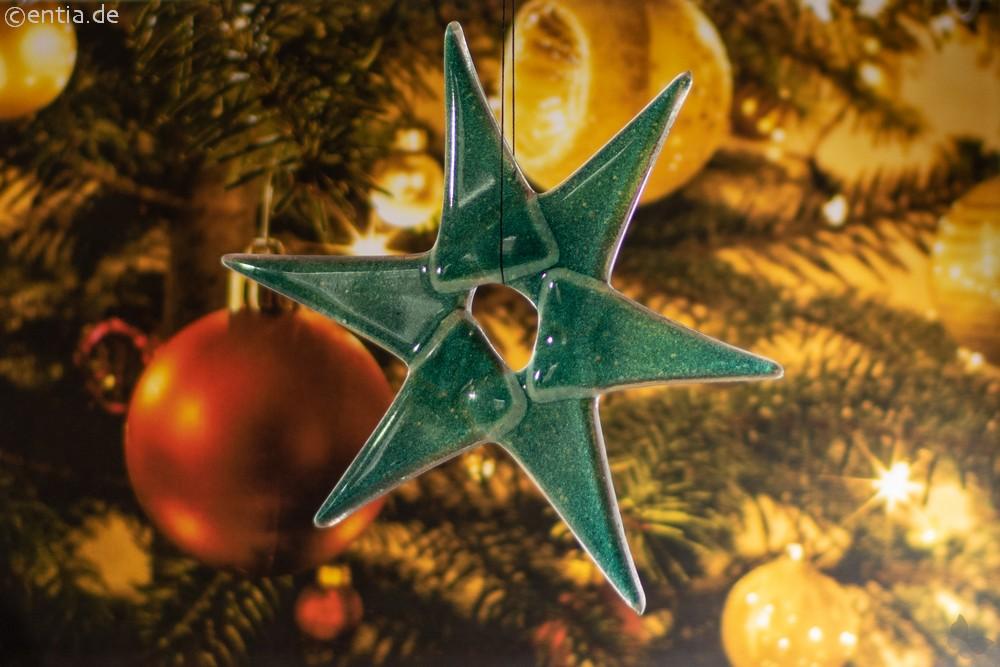 Weihnachtsdeko Stern mittel aus grünem Glas