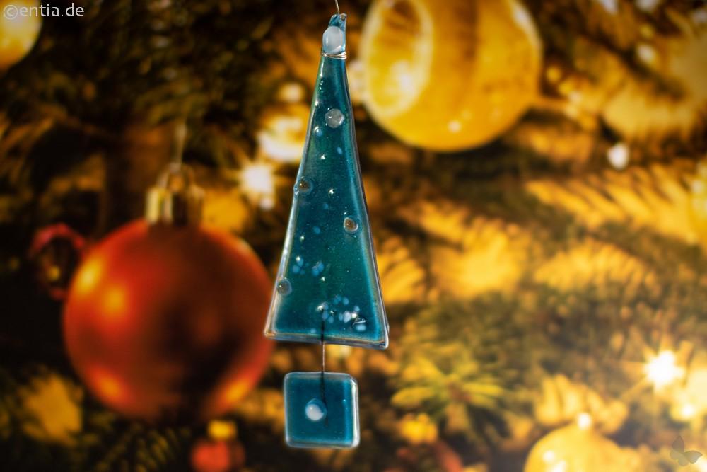 Christbaum-Anhänger Tannenbaum aus aquamarin Glas