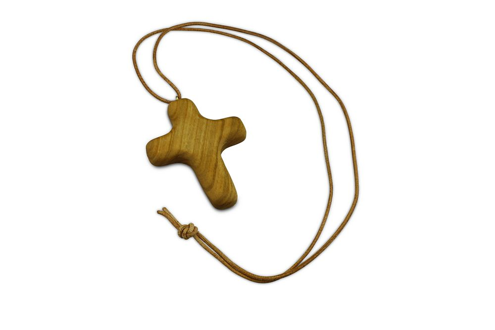 Lateinisches Kreuz am Lederband, groß