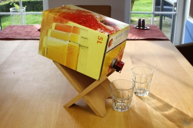 Bag-in-Box-Ständer für Wein und Saft, Leimholz
