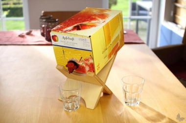 Bag-in-Box-Ständer für Wein und Saft, Furniersperrholz