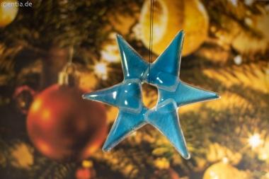Weihnachtsdeko Stern klein aus hellblauem Glas