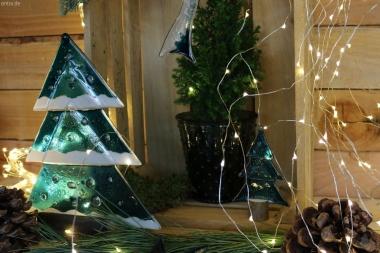Weihnachtsdeko Tischtanne aus aquamarin Glas