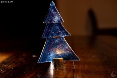 Weihnachtsdeko Kleine Tischtanne aus dunkelblauem Glas