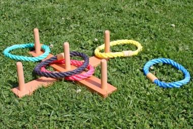Seilring-Wurfspiel