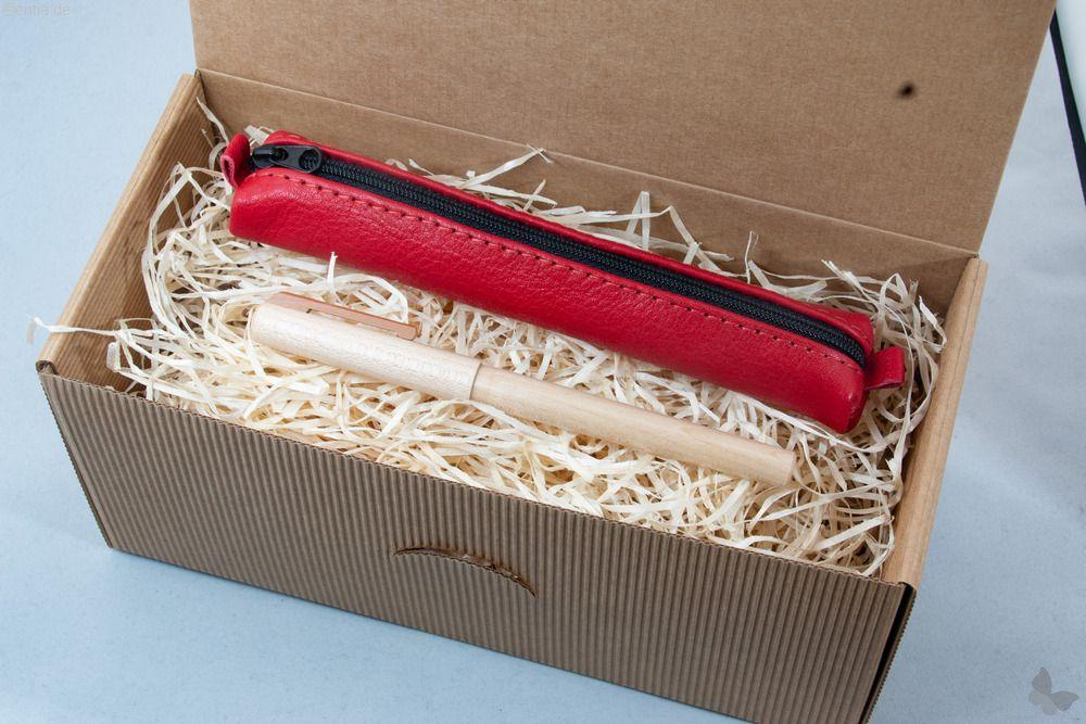 Geschenkset: Ahorn-Füller mit rotem Lederetui