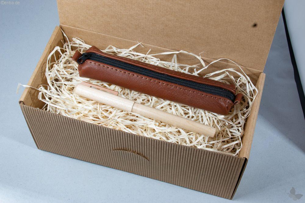 Geschenkset: Ahorn-Füller mit dunkelbraunem Lederetui