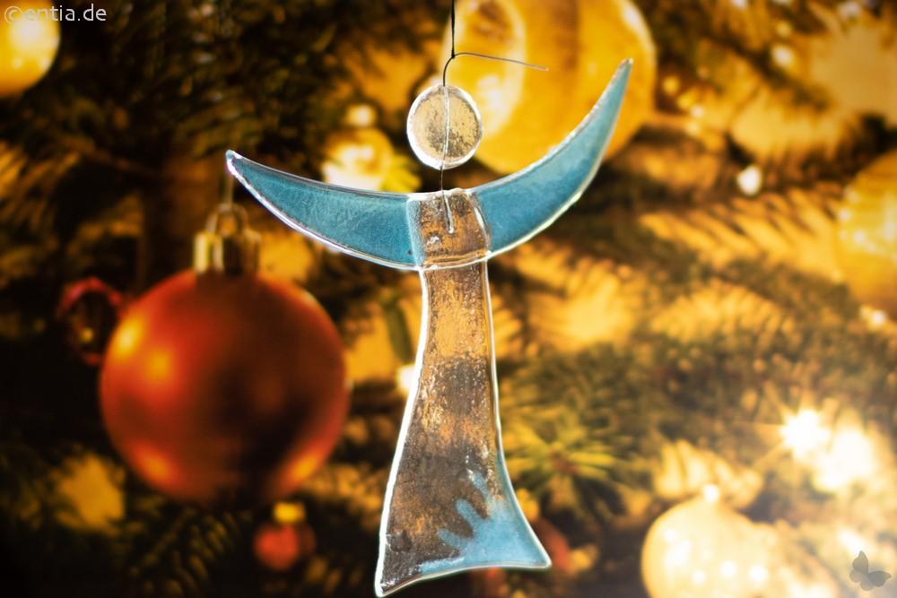 Christbaum-Schmuck Engel aus hellblauem Glas